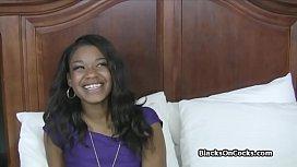 Lovely ebony teen pounded on amateur sex casting