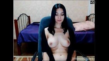 Windonesian Girl Topless React To Lush On thumbnail