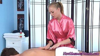 Teen masseuse jerking