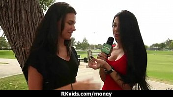 Amateur chick takes money for a fuck 2