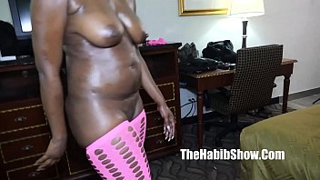 phat ass black milf booty champayne fox takes stretch3x bbc
