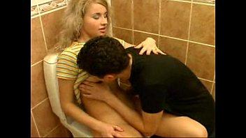 Русская блондинка вика в порно