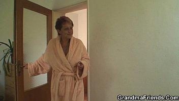 Sexy grandma sucks and rides at once