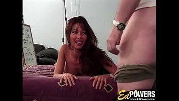 EDPOWERS - Amateur Asian Kayla masturbation and handjob
