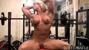 Female Bodybuilder Lisa Cross Naked Workout