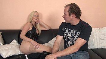 Порно про блондинку жесткое
