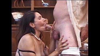 Filme Porno Video Cu Matura Trasa De Par Cand O Suge