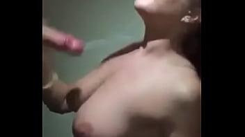 Una mamada &uacute_nica y deliciosa