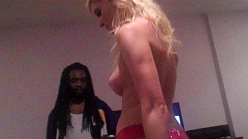 Порно у девушки говно в заднице