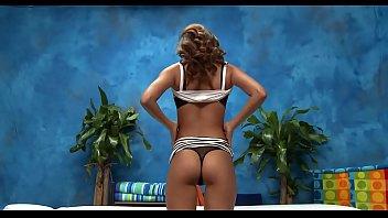 Порно видео служанка подсматривает за хозяевами