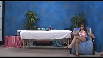 Фото мужу жена дрочит ногами