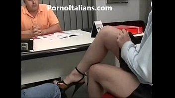 Milf italiana scopata in ufficio - italian milf fucking the office - culo spanato