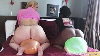 Selahs Bare Pussy Meets Balloon Vibration Pleasure
