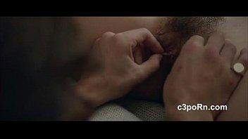 Порно-фильм отчим трахает свою