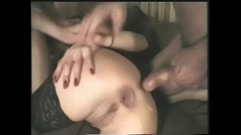 Видео жена заставила лизать сперму