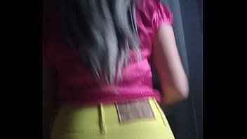 Bem dotado e a crente de saia amarela