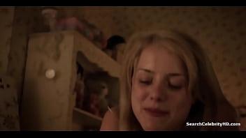 Laura Wiggins Shameless S02E02 2012