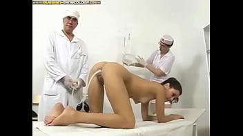 Клизма русской пациентке