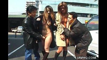 Видео студенток японок с друзьями