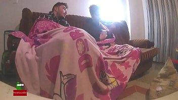 Sex under sheets.Homemade voyeur taped my amateur gf with a hidden spycam IV082 Vorschaubild