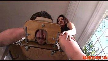 Порно азиатке делают масаж
