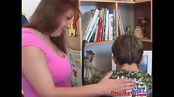 Русский сын ебет тетю заходит мать