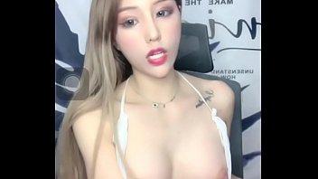 Chinese KOL sex dancing