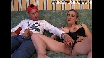 Стринги видео порно с большой грудью