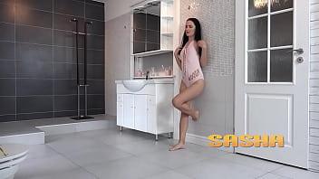 Brunette hottie tastes her golden piss - Peeing Her Pants