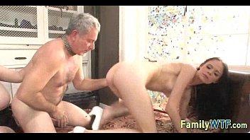 Порно зрелых русских со своими сыновьями