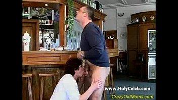 Папа ебёт мать смотреть онлайн