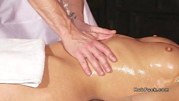Эротический массаж с к?ни