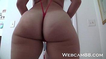 Amateur in Slingshot G-String Teasing on Webcam88.com