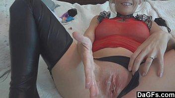 Массаж ногами порно