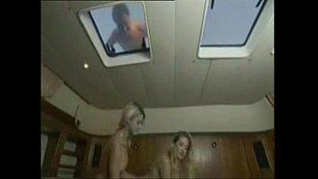 Откровенное порно у молодых и видио