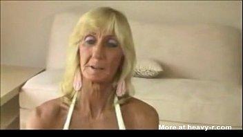 Granny sugar hand job titfuck, porn tall girl short man