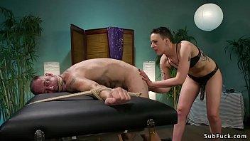 Masseuse gapes and anal fucks dude