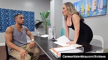 Carmen Valentina Sex La Job Cu Un Negru Dotat