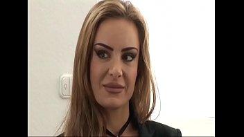 Die neue Praktikantin wird gefickt - german Porn Titus