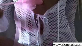 Ragazze amatoriali che si masturbano con i giocattoli clip-03