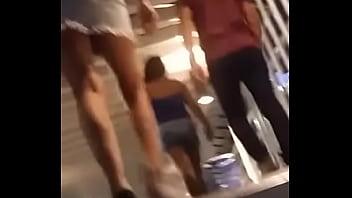 Nena Up Skirt escaleras Mexicana