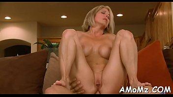 Videos eroticos fudendo com a milf gostosa