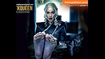 Emilia Clarke Daenerys Targaryen pies suelas dedos de los pies
