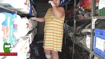 Cuando un tecnico se folla a una mujer gorda viuda GUI00168