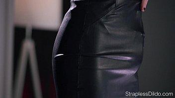 Superb Black Beauty Girl Daya Knight With Round Huge Butt Get Intercorse vidhothd