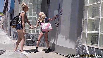 Порно молодые девушки целки и их срыв
