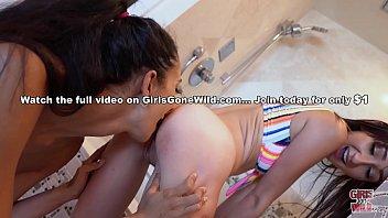 GIRLS GONE WILD - Carmen Rae &amp_ Angelica Cruz Scissoring In The Penthouse Shower