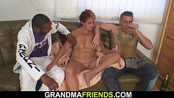 Old shaved pussy mature woman threesome sex