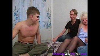 Секс зрелые с молодыми русское