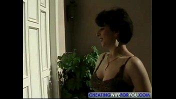 Видео секс сын раздел когда спала мать